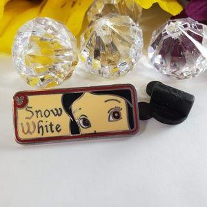 4/$25 Disney Snow White Princess Eyes Pin